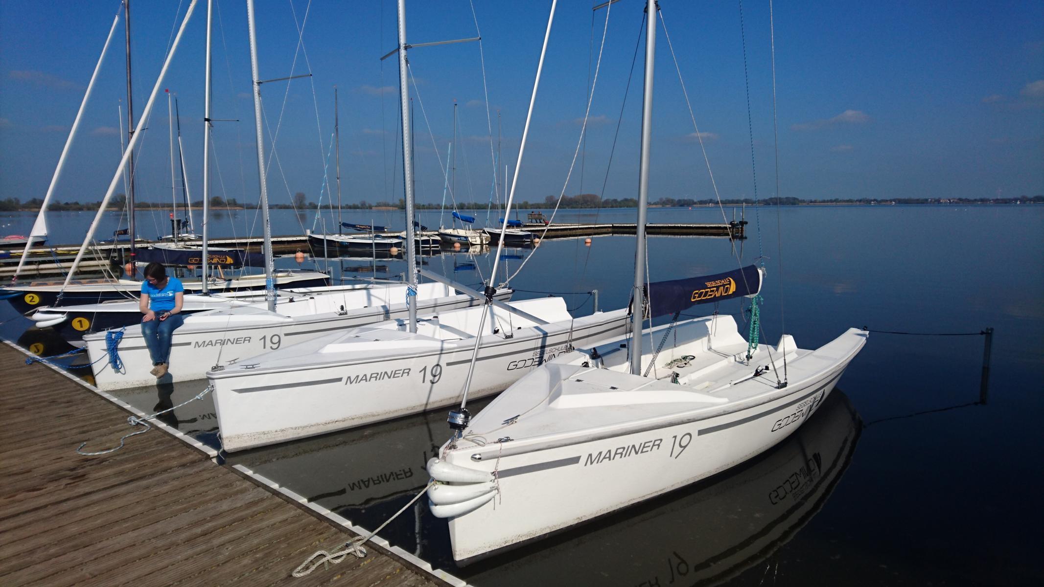 Segelausbildung Auf Neuen Booten